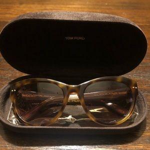 Tom Ford Karina Cat Eye sunglasses